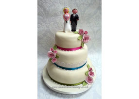Ivory 3-tier Rose Wedding Cake