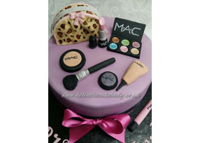 21st Birthday Makeup cake