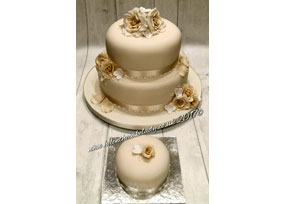 2-tier Ivory Rose Wedding Cake