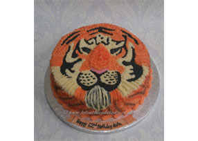 Piped Tiger Cake