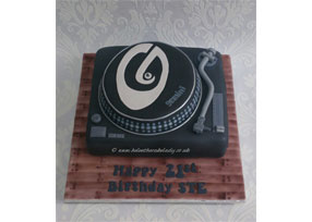 DJ Turntable Cake