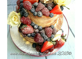 Victoria Naked Cake with Seaso